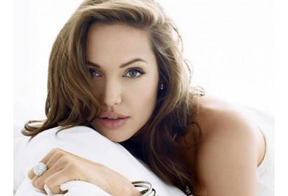 Анджелина Джоли: лучшие образы звезды!