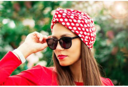 7 секретов о том, как сохранить прическу под шапкой
