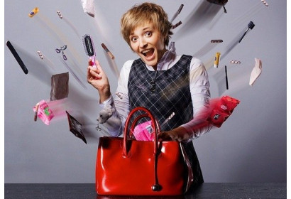 Женская сумочка - это место, куда все помещается, но ничего не находится