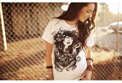 Блузки, футболки та майки зі знижкою 15%!