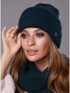 Вязаная обьемная шапка Барбара