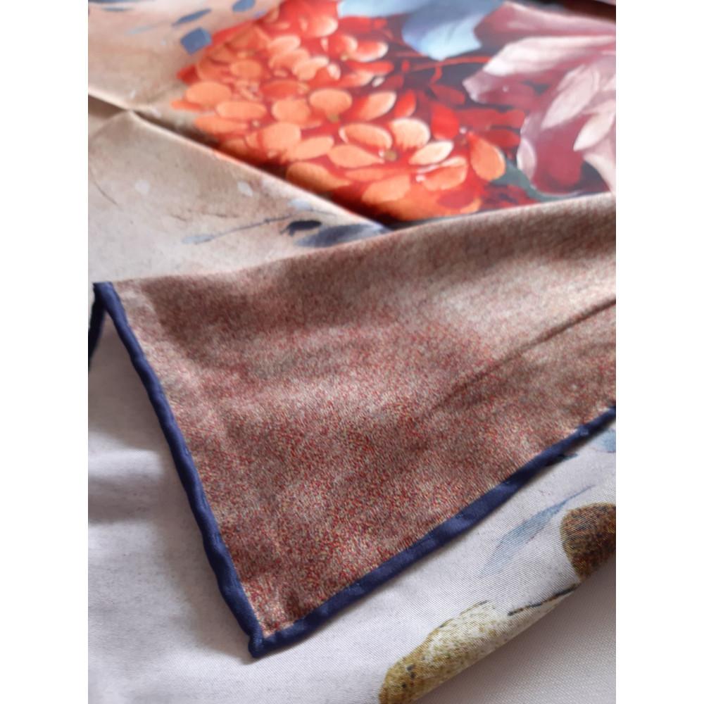 Интересный шелковый платок Rose фото 3
