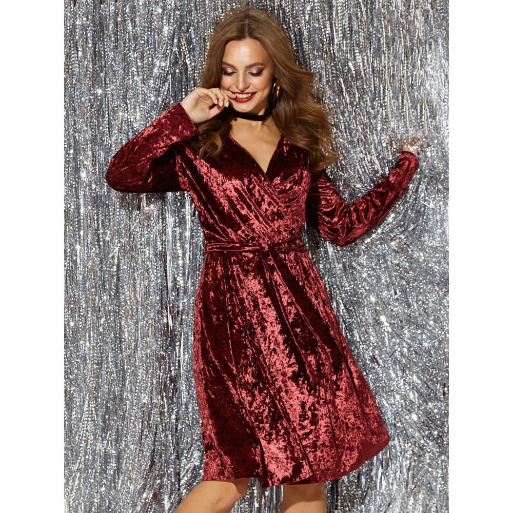 Бордовое коктейльное платье с вырезом на спинке фото 1