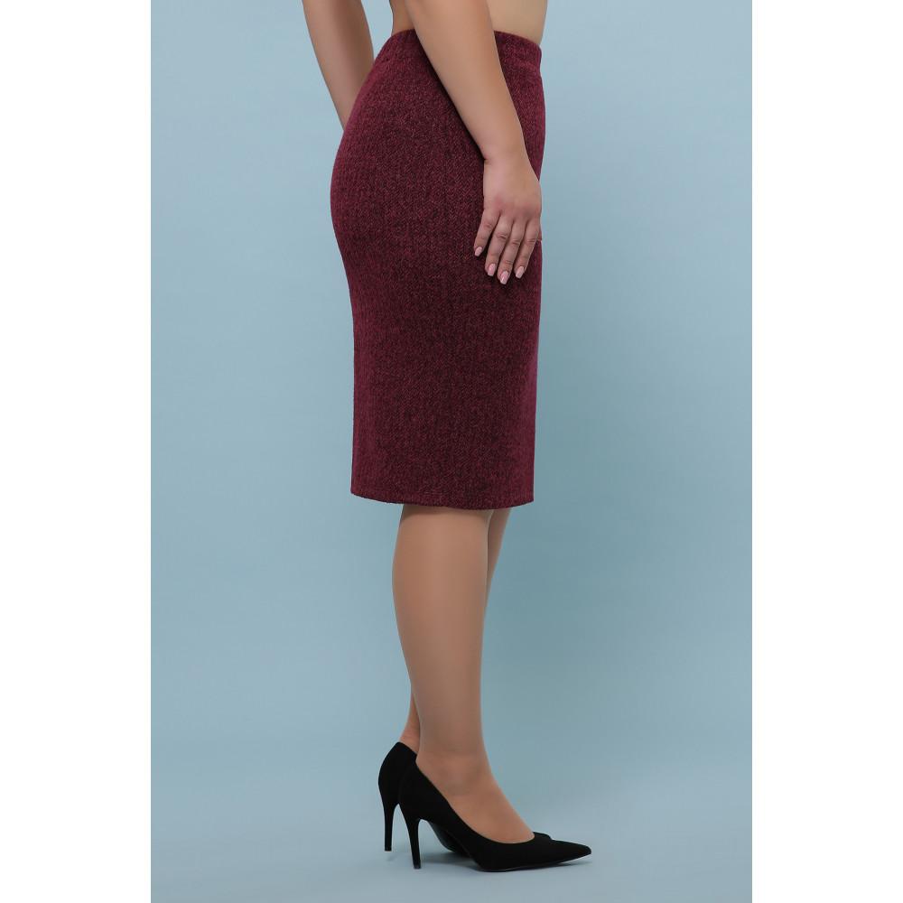 Бордовая зауженная юбка из букле фото 2