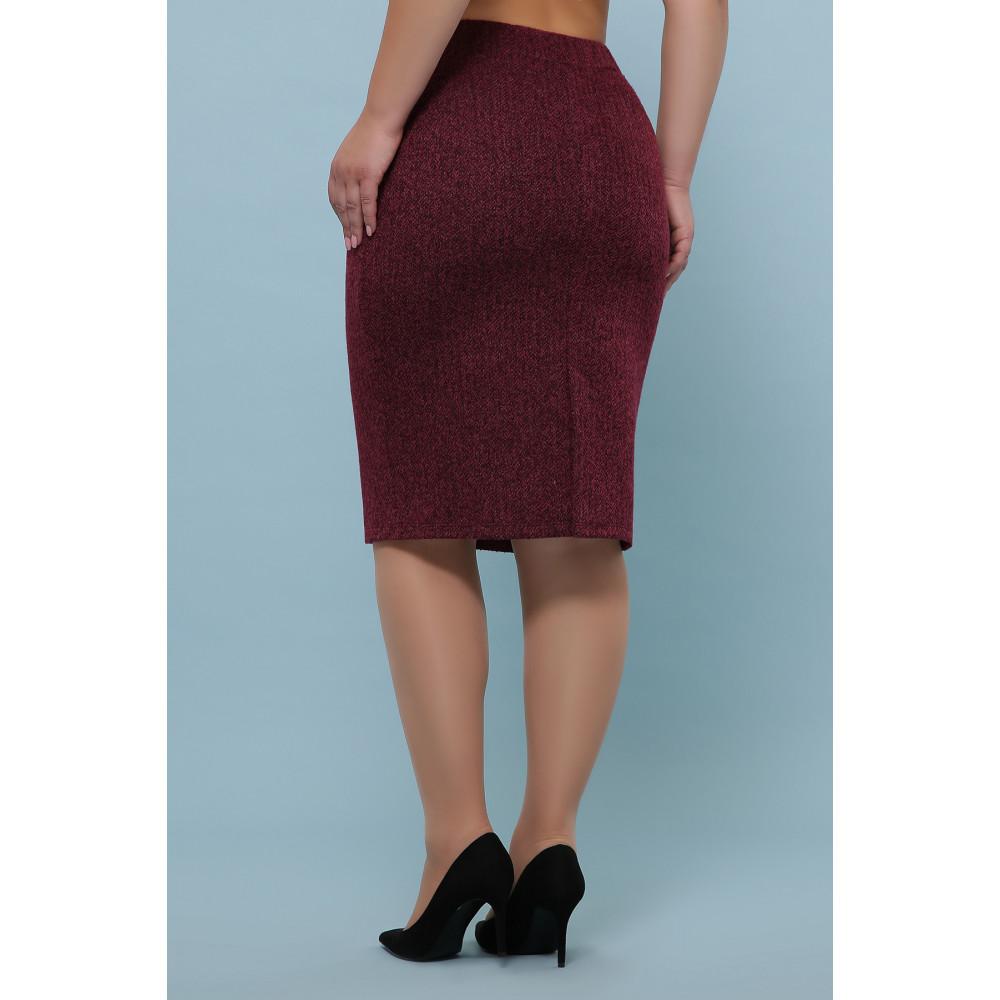 Бордовая зауженная юбка из букле фото 3