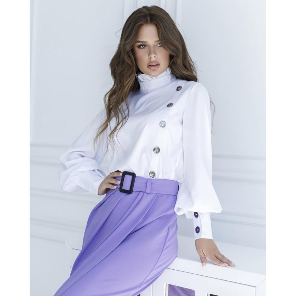 Белая блузка с пуговицами фото 1