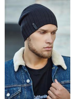 Черная мужская шапка Реал