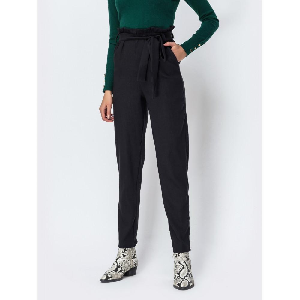 Классические брюки с высокой посадкой из плотной костюмной ткани фото 1