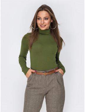 Модный зеленый женский гольф