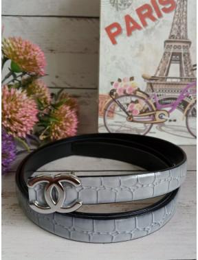 Сірий ремінь з пряжкою Chanel