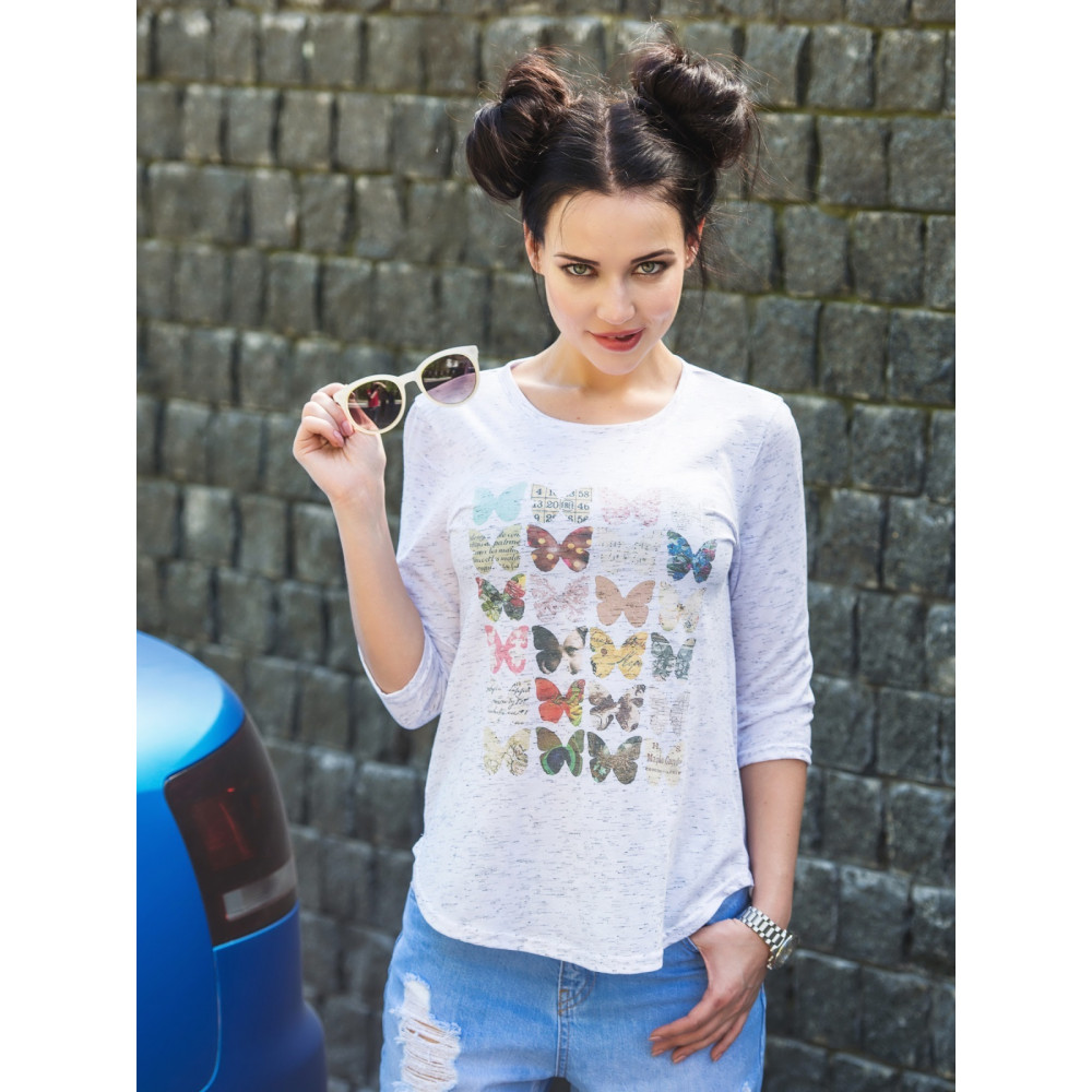 Легкая футболка с бабочками фото 1