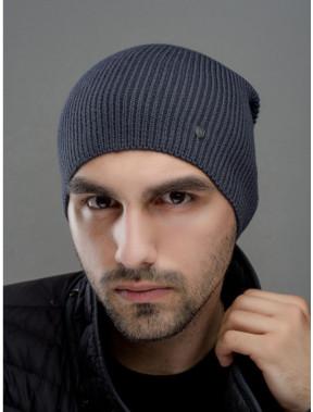 Серая шапка с ремешком Монолит