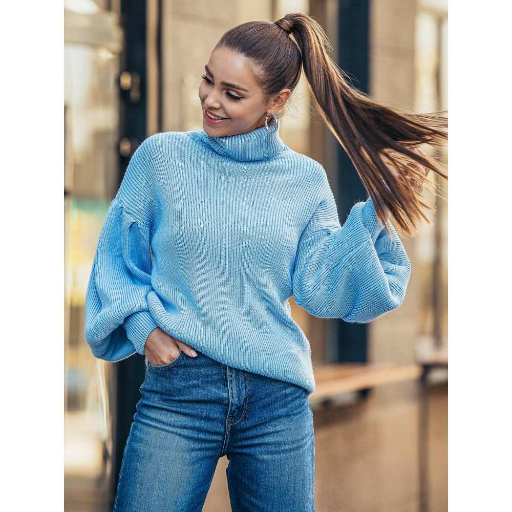 Голубой свитер с обьемными рукавами Тея фото 1
