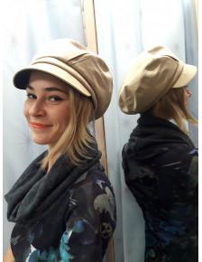 Бежевая женская кепка Грация