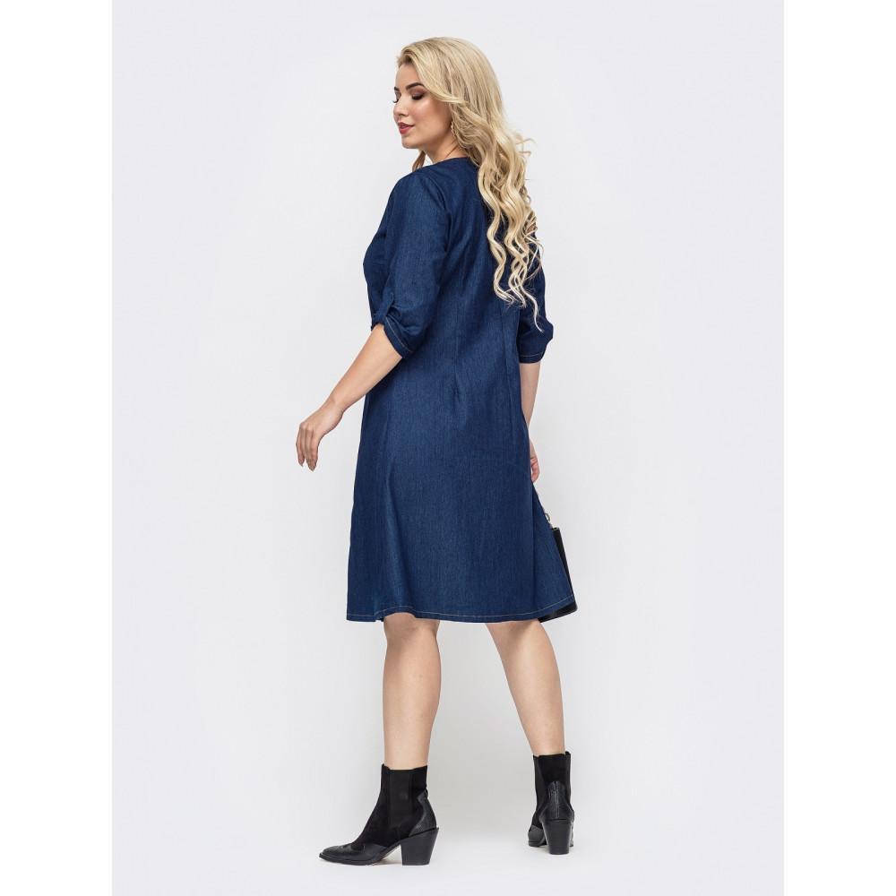 Джинсовое платье с интересным поясом фото 2