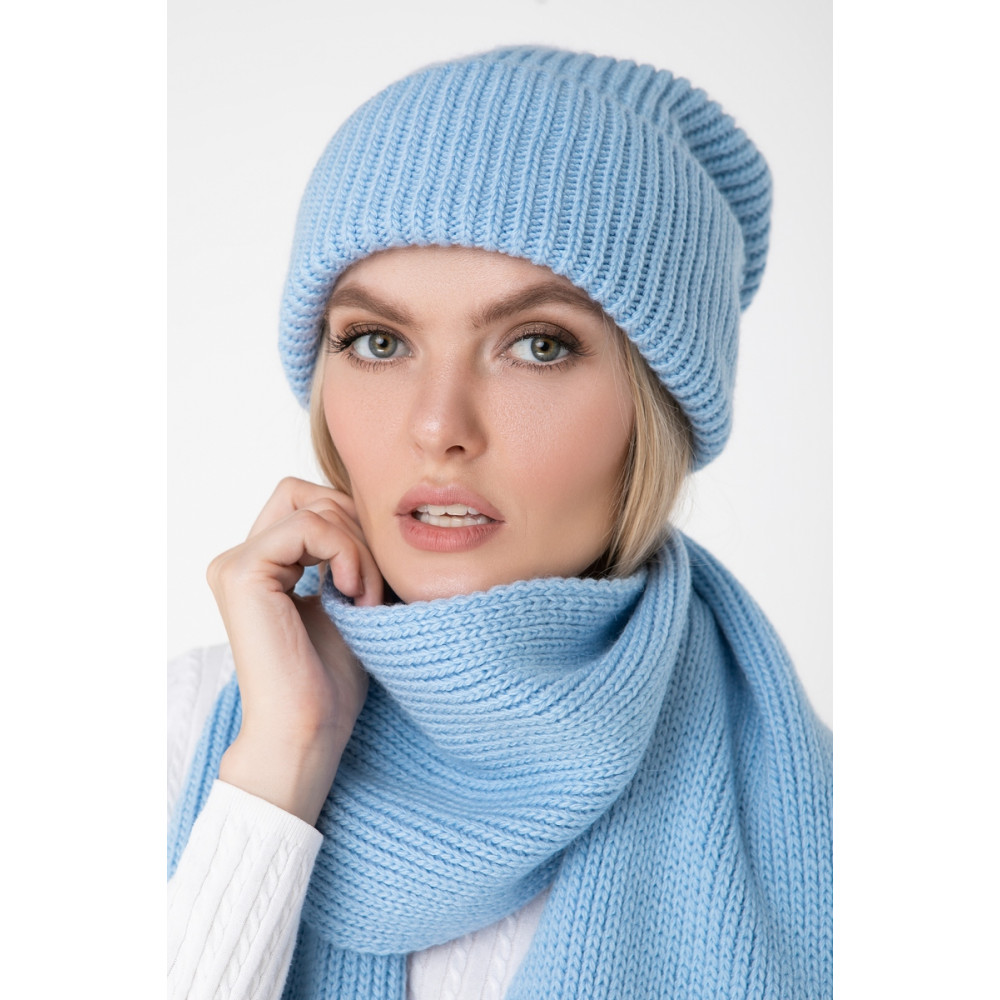 Зимняя голубая шапка Дебора фото 1