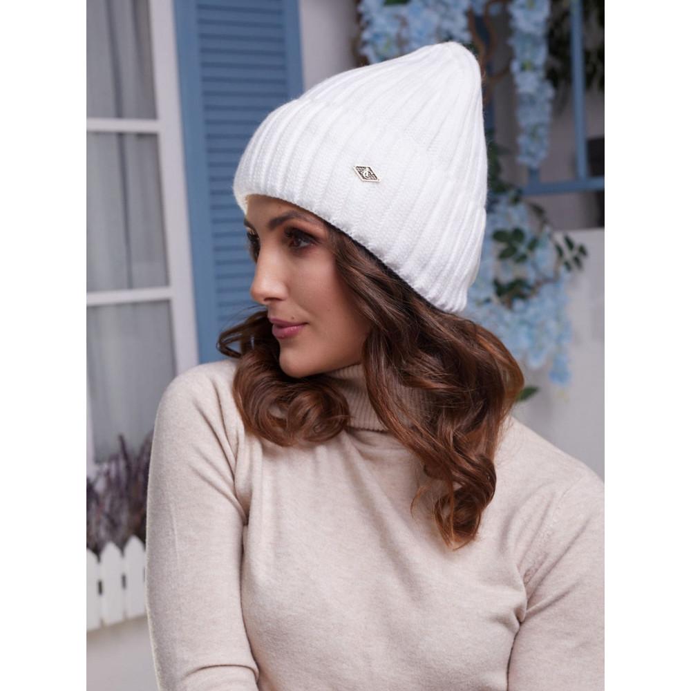 Белоснежная женская шапка Лаура фото 1