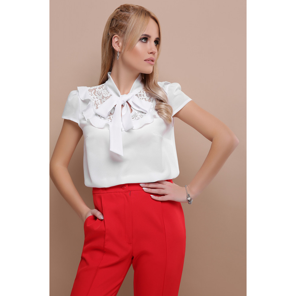 Белая блузка с ажурной кокеткой Федерика фото 4