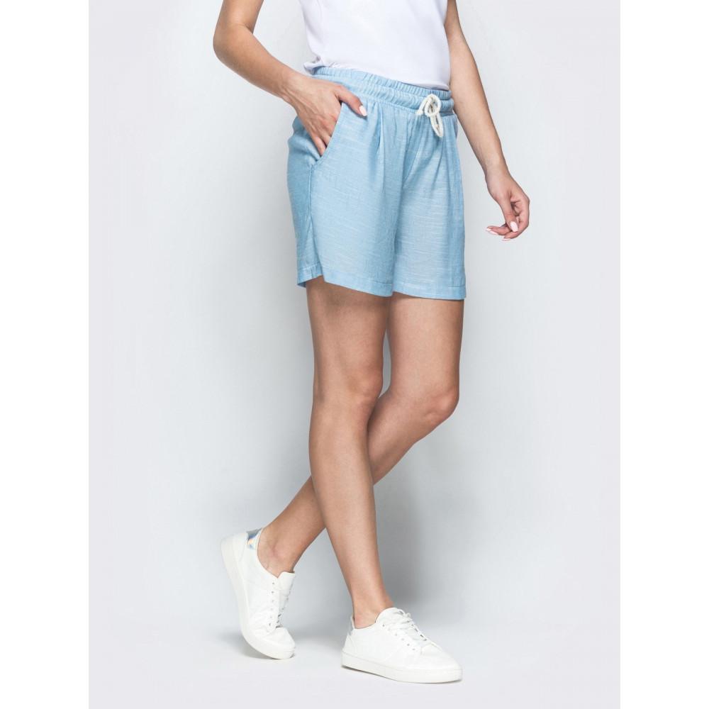 Голубые льняные шорты фото 2