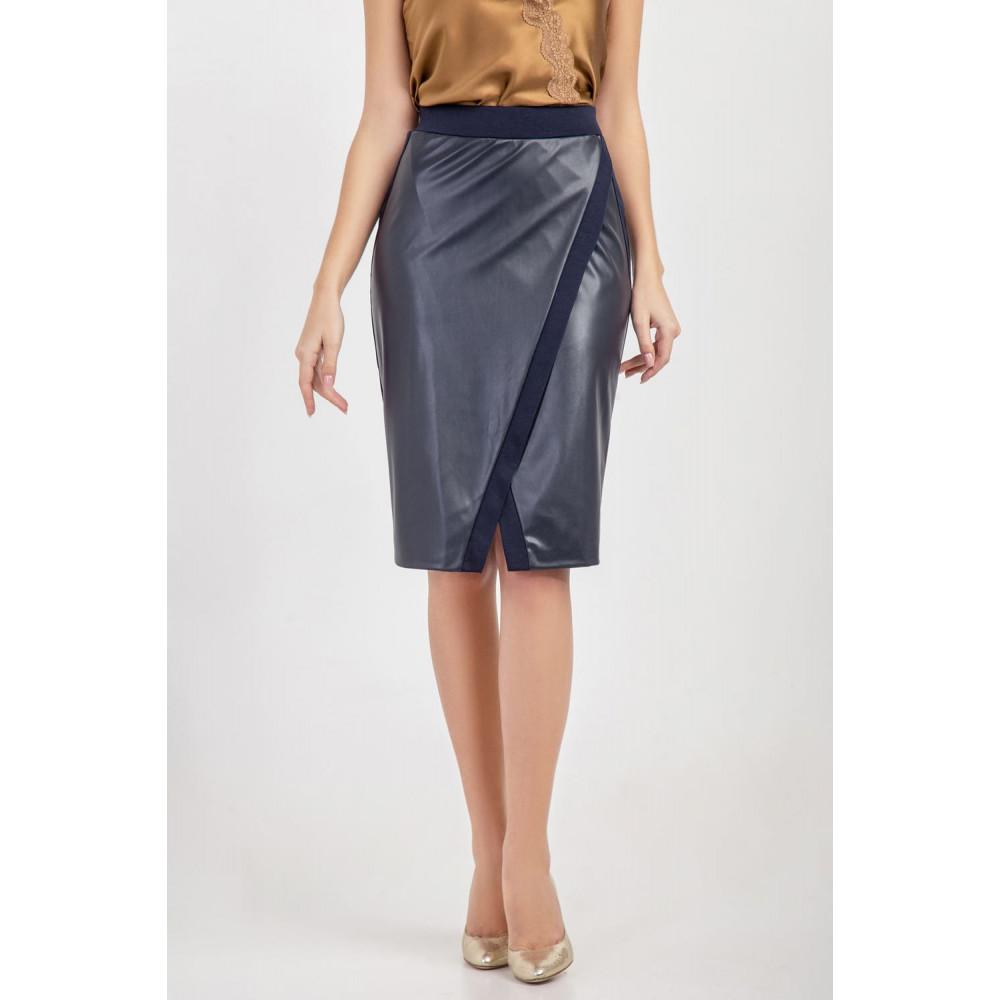 Красивая юбка на запах синего цвета фото 3