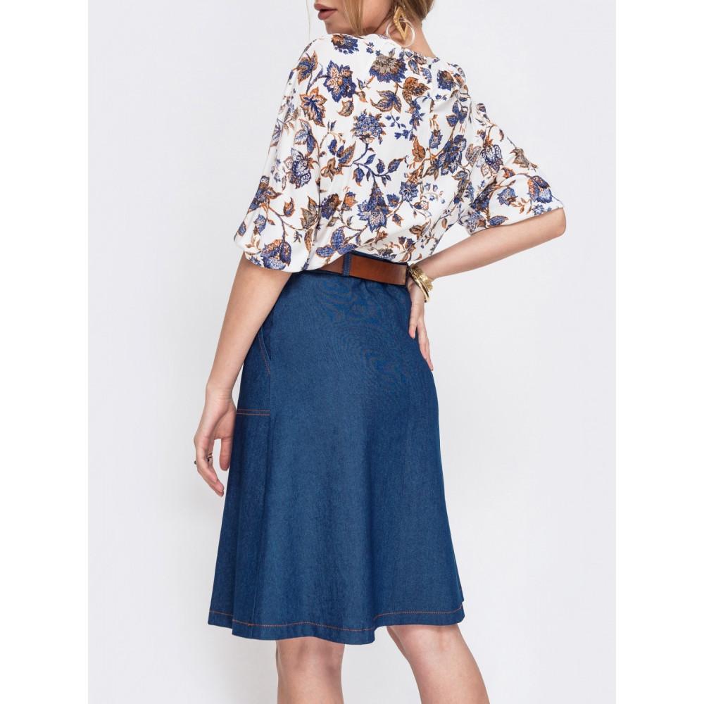 Джинсовая юбка с отстрочкой контрастного цвета фото 2