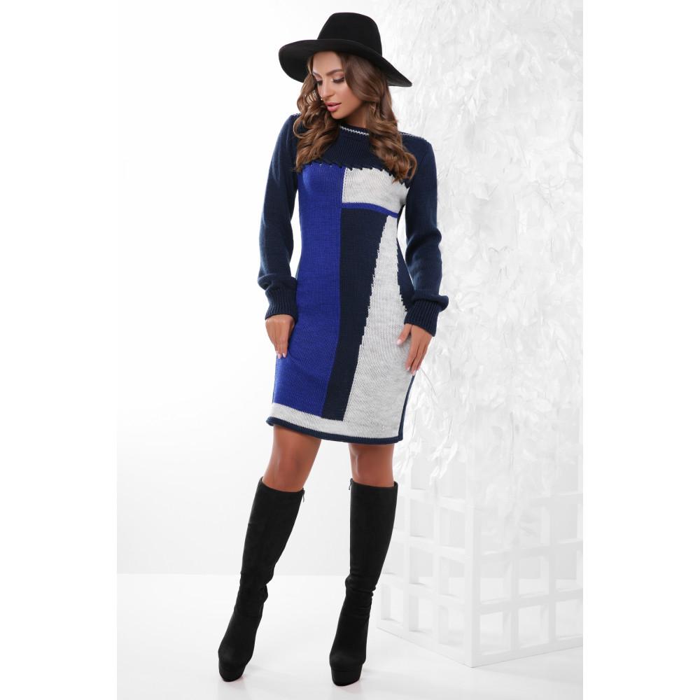 Вязаное темно-синее платье с принтом фото 1