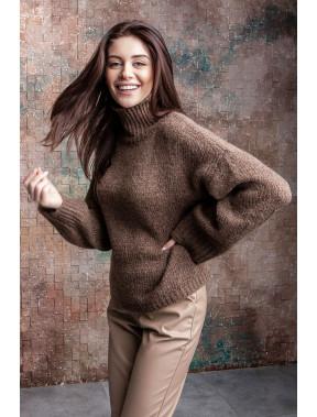 Коричневий затишний светр Руді