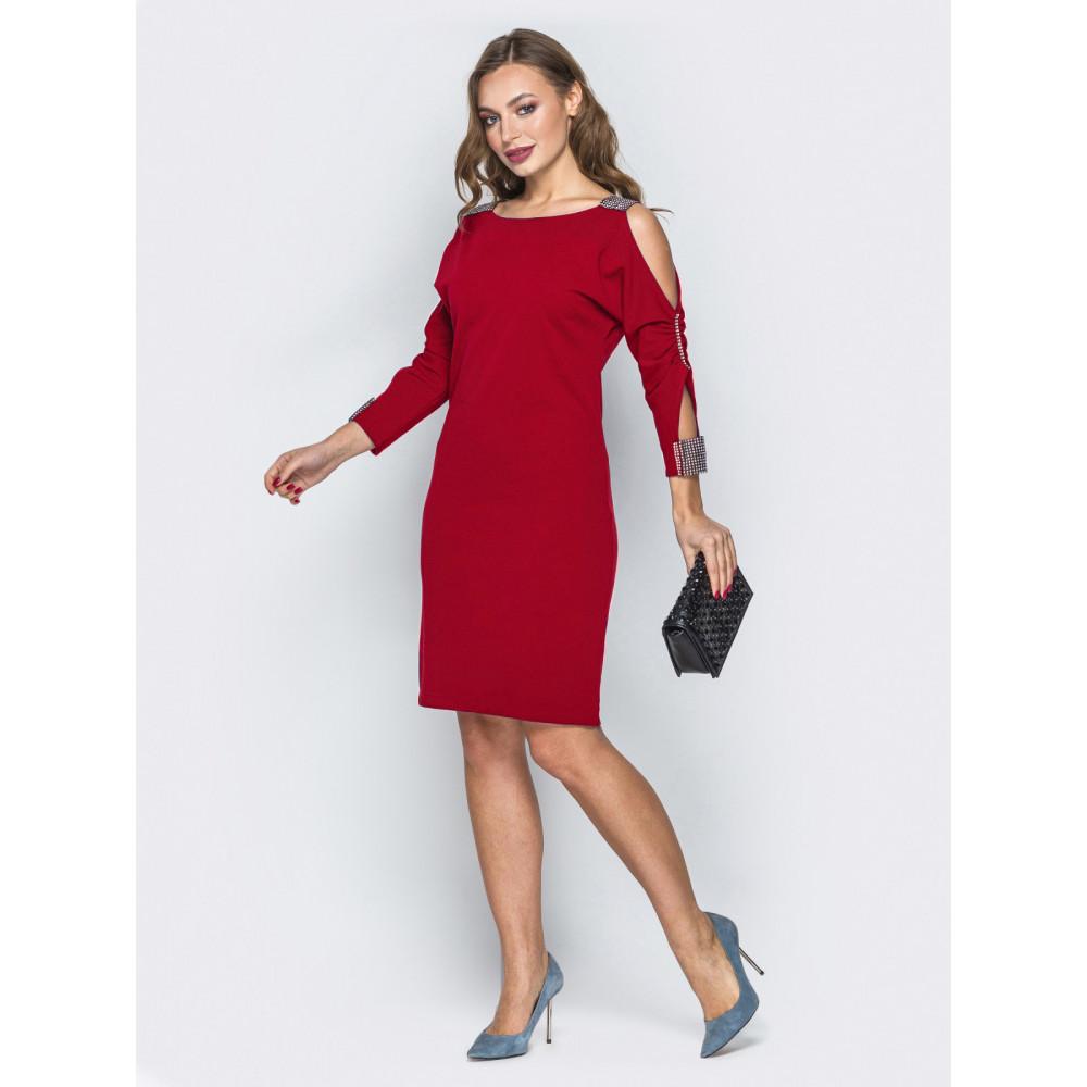 Красное платье с вырезами на плечах Мариям фото 2