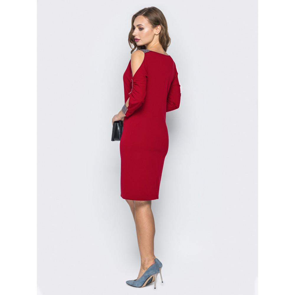 Красное платье с вырезами на плечах Мариям фото 3