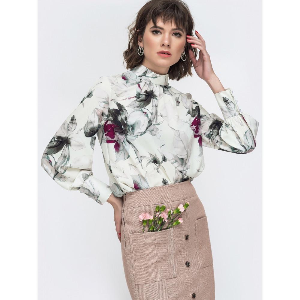 Интересная блуза в цветочный принт фото 1