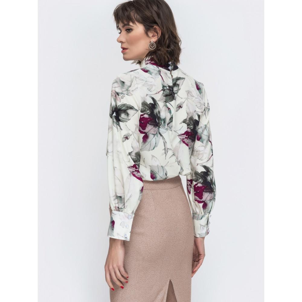 Интересная блуза в цветочный принт фото 3