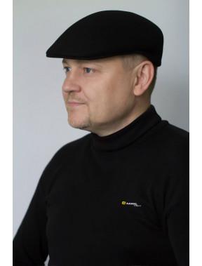 Шерстяная мужская кепка черного цвета