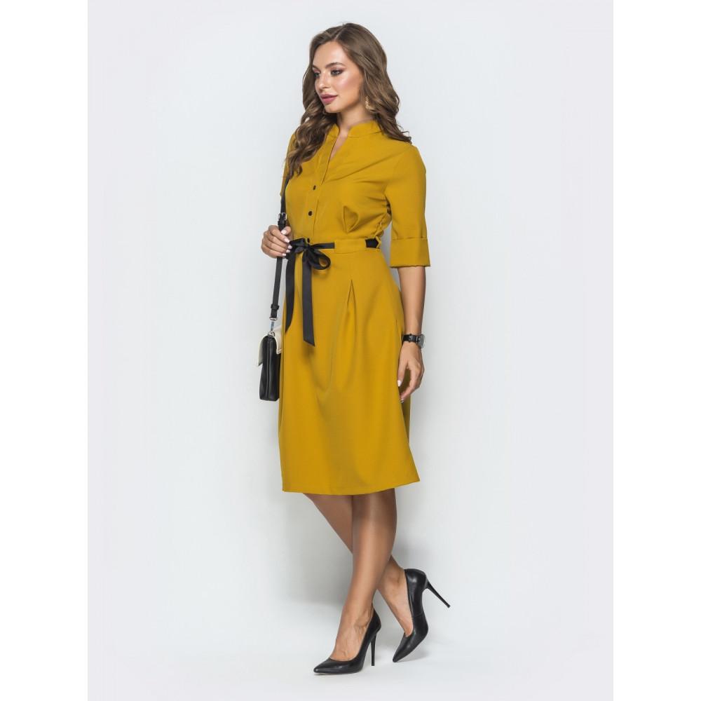 Кокетливое платье горчичного цвета фото 2