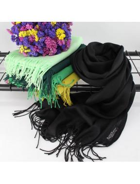 Однотонный черный шарф Луиза