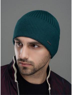 Демисезонная зеленая шапка Макс
