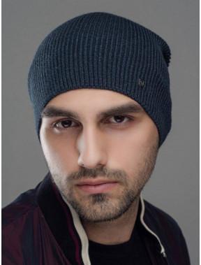 Демисезонная мягкая шапка Монолит