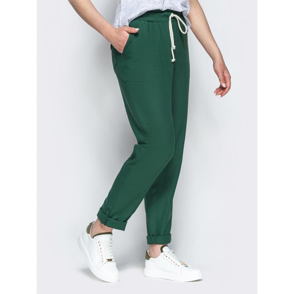 Зеленые льняные брюки с контрастным шнурком фото 2