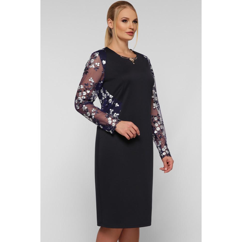 Коктейльное платье-футляр с вышивкой Адель фото 2