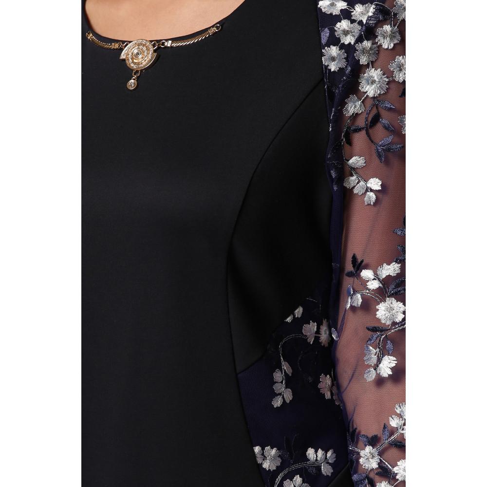 Коктейльное платье-футляр с вышивкой Адель фото 7