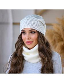 Белая женская шапка Коди