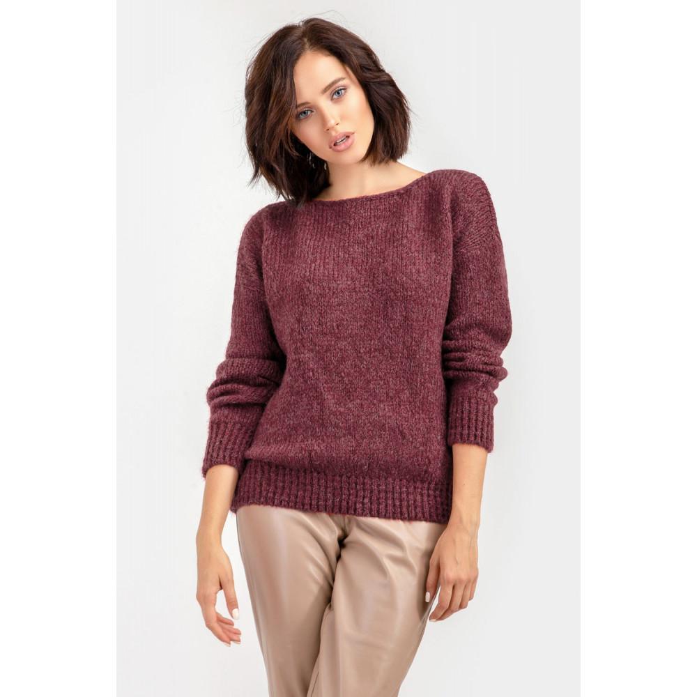Бордовый пушистый свитер фото 1