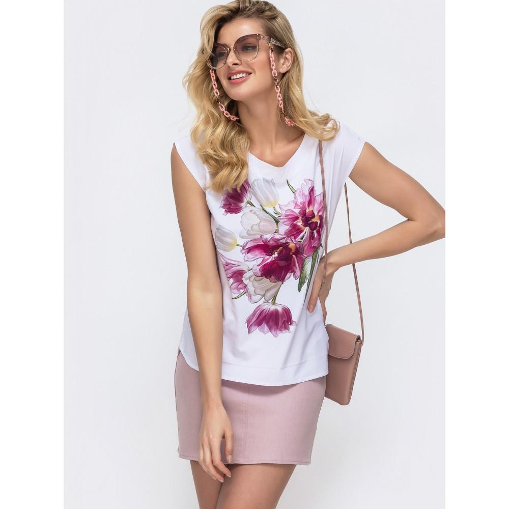 Белая блузка с шикарным цветочным принтом фото 1
