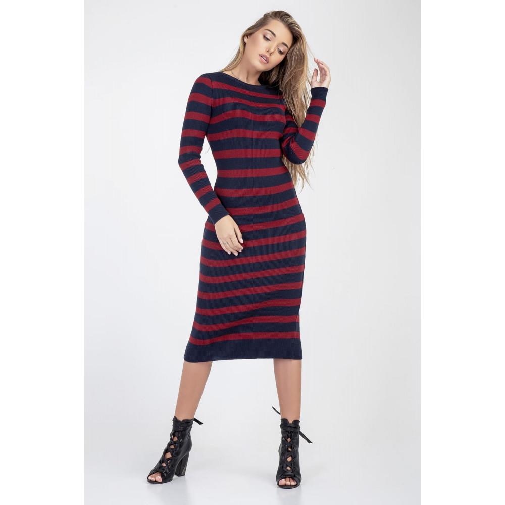 Женственное вязаное платье-миди фото 1