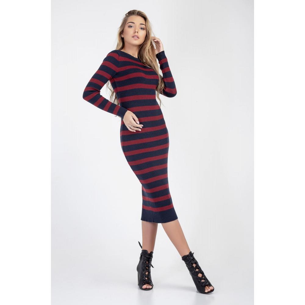 Женственное вязаное платье-миди фото 4