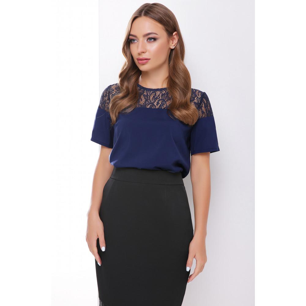 Красивая синяя блузка с кружевом фото 2