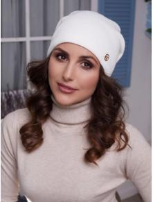Молочная вязаная шапка Бонни
