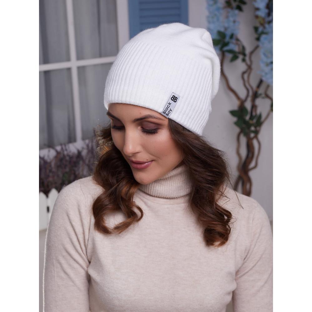 Белая женская шапка Ванесса  фото 1