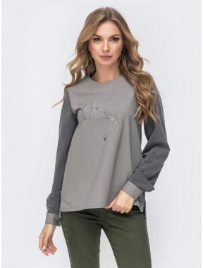 Молодежная серая блузка с оригинальной спинкой на пуговицах