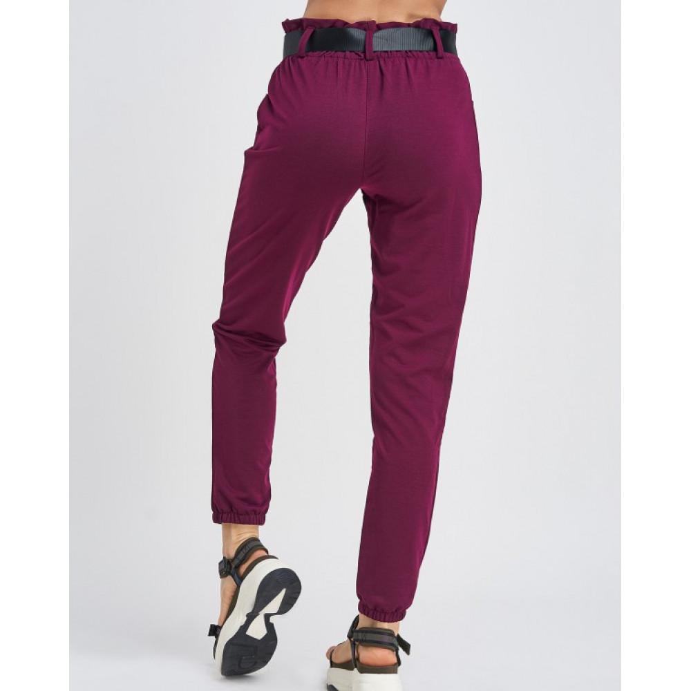 Бордовые штаны с поясом на карабине фото 3