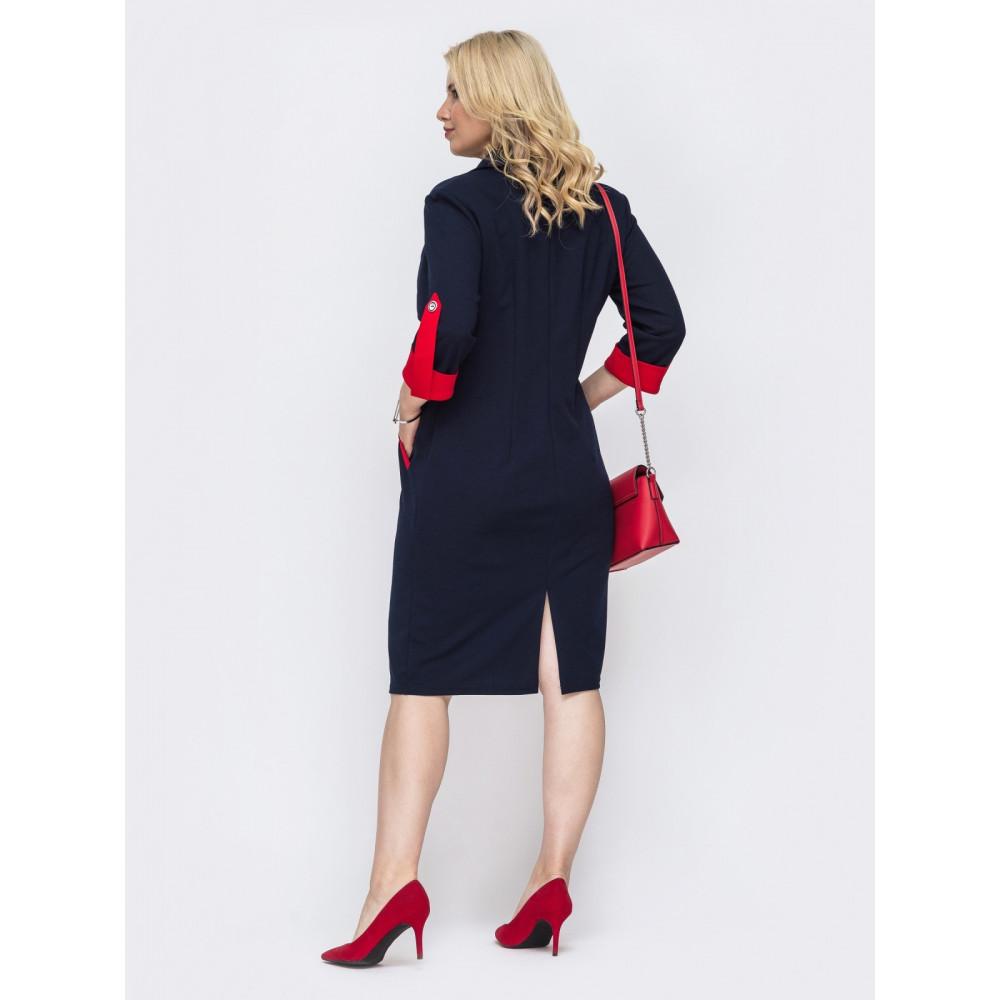 Лаконичное платье с ярким акцентом фото 2